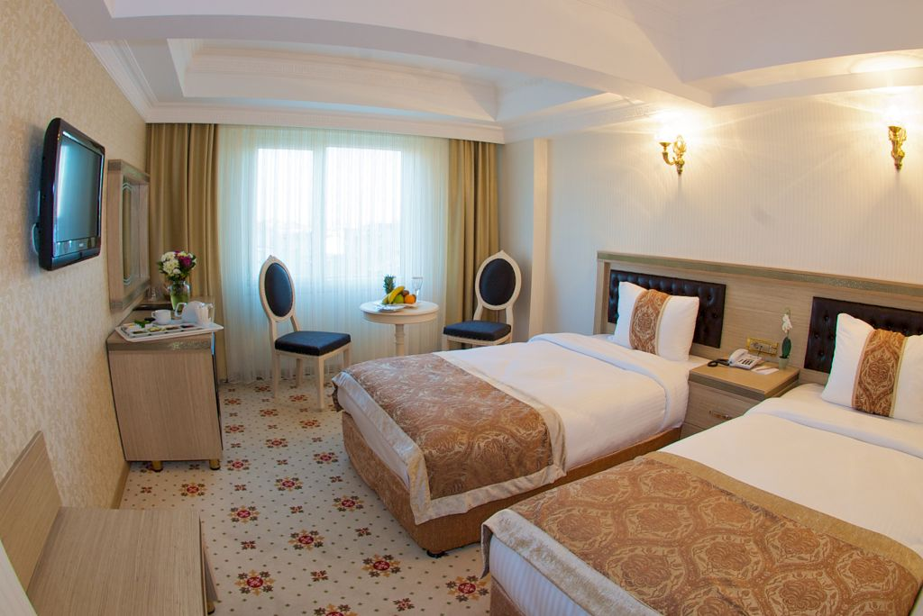 Marmaray Hotel Standard Double Twin Room